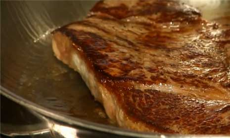 Kitchen Basics: How to Sear a Steak
