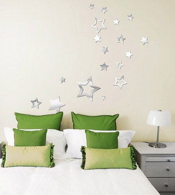 Lot-26_Acrylic-Mirror-Star-Decals_On-Wall.jpg