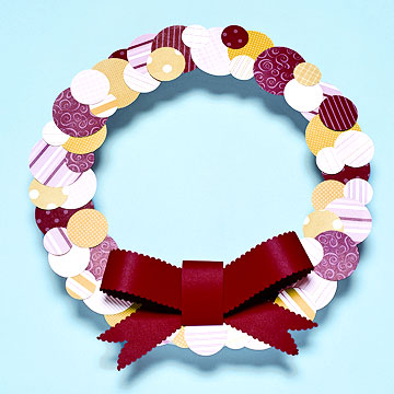 polka-dot-wreath.jpg