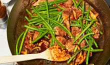 skillet stir-fry with pork and green beans