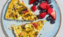 veggie frittata and berries