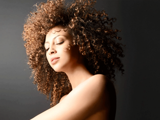How to Style Kinky Hair