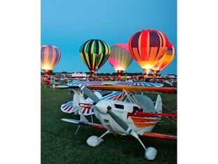 EAA AirVenture Oshkosh Balloon Night Glow