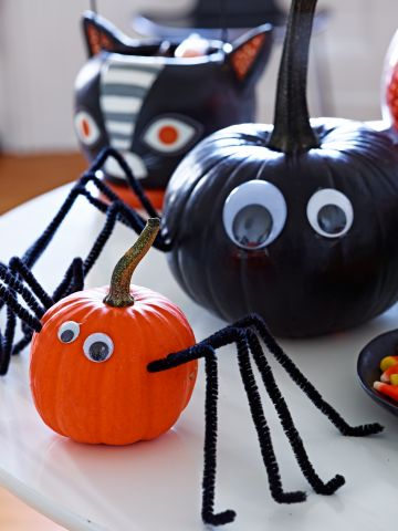 Pumpkin-spiders.jpg