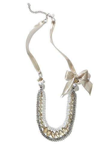30-WhiteHouseBlackMarketChampagneStoneonRibbonNecklace-58.jpg