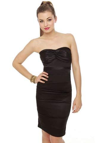 Lulus_RubberDuckyNotoriousStraplessBlackDress.jpg