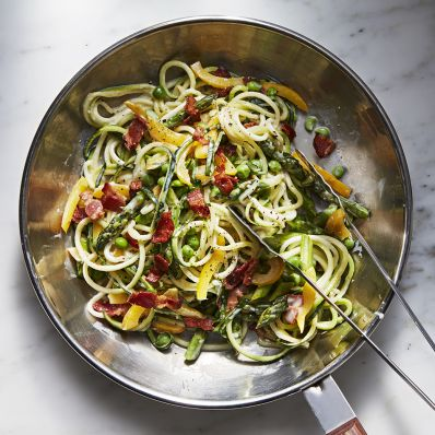 zucchini noodles with asparagus peas and bacon