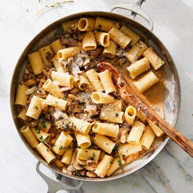 sausage rigatoni with beans and mushrooms
