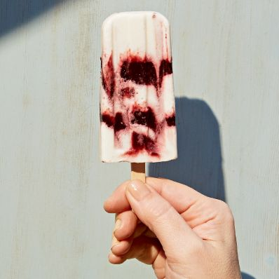 ice pops with cherries and yogurt
