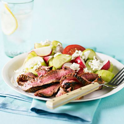 Greek-Style Steak & Tomato Salad