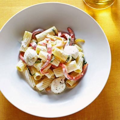 Rigatoni with Creamy Pepper Sauce
