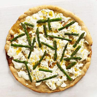 Asparagus and Ricotta Pizza