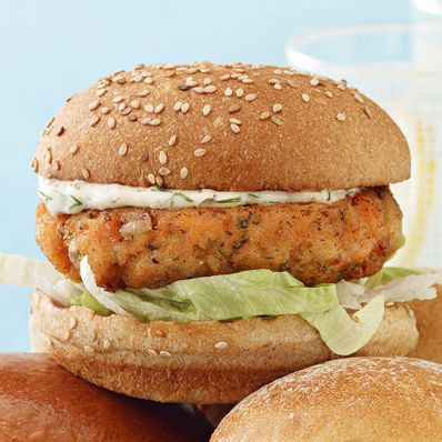 Juicy Salmon Burgers