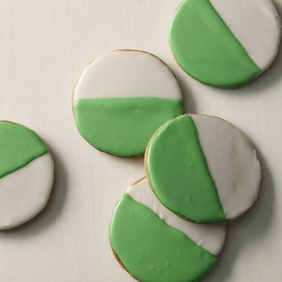 St. Patrick's Day Green-and-White Cookies