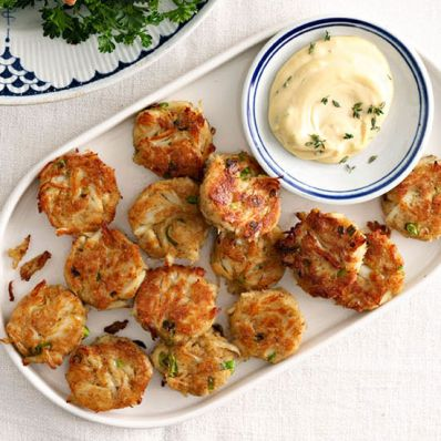 Mini Crab Cakes with Dijon Thyme Aioli