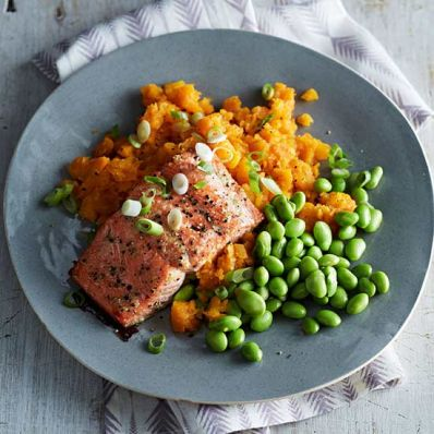 Maple-Ginger Salmon and Carrots