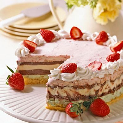 Berry Ice-Cream Torte