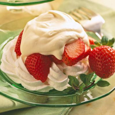 Individual Strawberry-Topped Meringues
