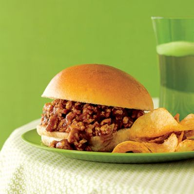 Sweet 'n' Sour Sloppy Joes