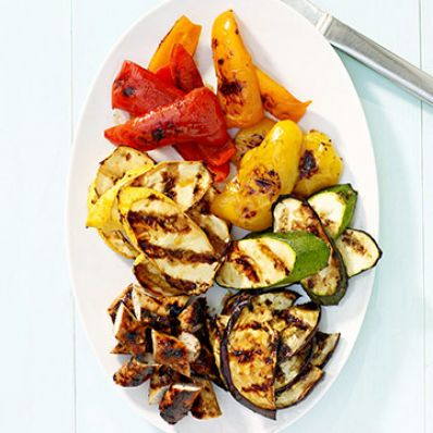 Sweet and Spicy Grilled Vegetables with Chicken Sausage