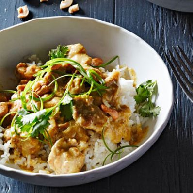 Coconut-Cashew Chicken Curry