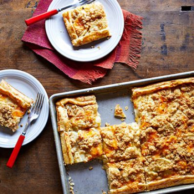 Apple-Cheddar Slab Pie