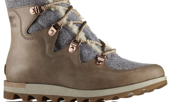 Women's Sneakchic Alpine Holiday Boot