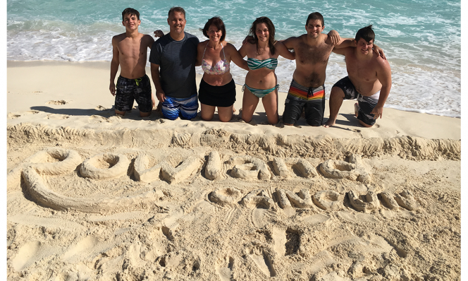 Wendy Rowland and family in Cancun